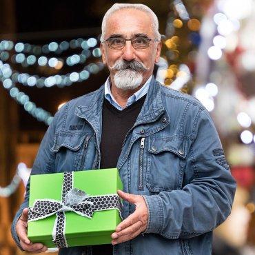 Schick ein Weihnachtspaket für die obdachlosen BesucherInnen des Tageszentrums