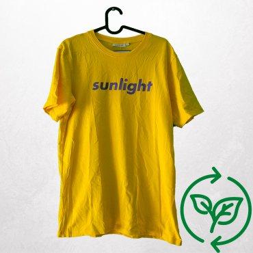 T-Shirt Weekday Carla Vintage x Fashion 4 Future