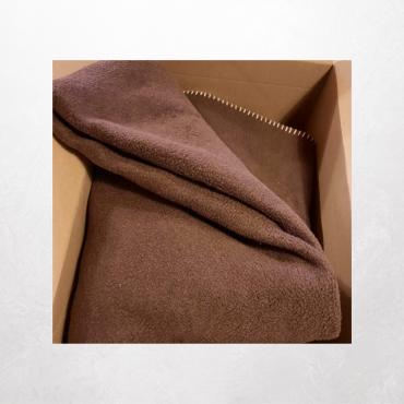 Bringt gut erhaltene waschbare Wolldecken